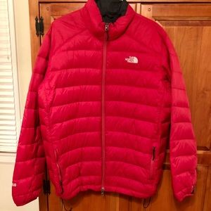 Men's North Face Puffer - red